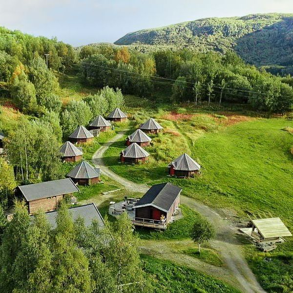 overview image arctic cabins